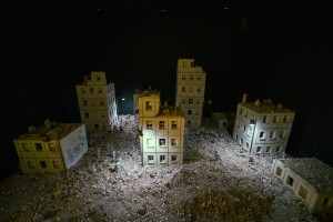 Isaac_Cordal-Follow-the-leaders-club